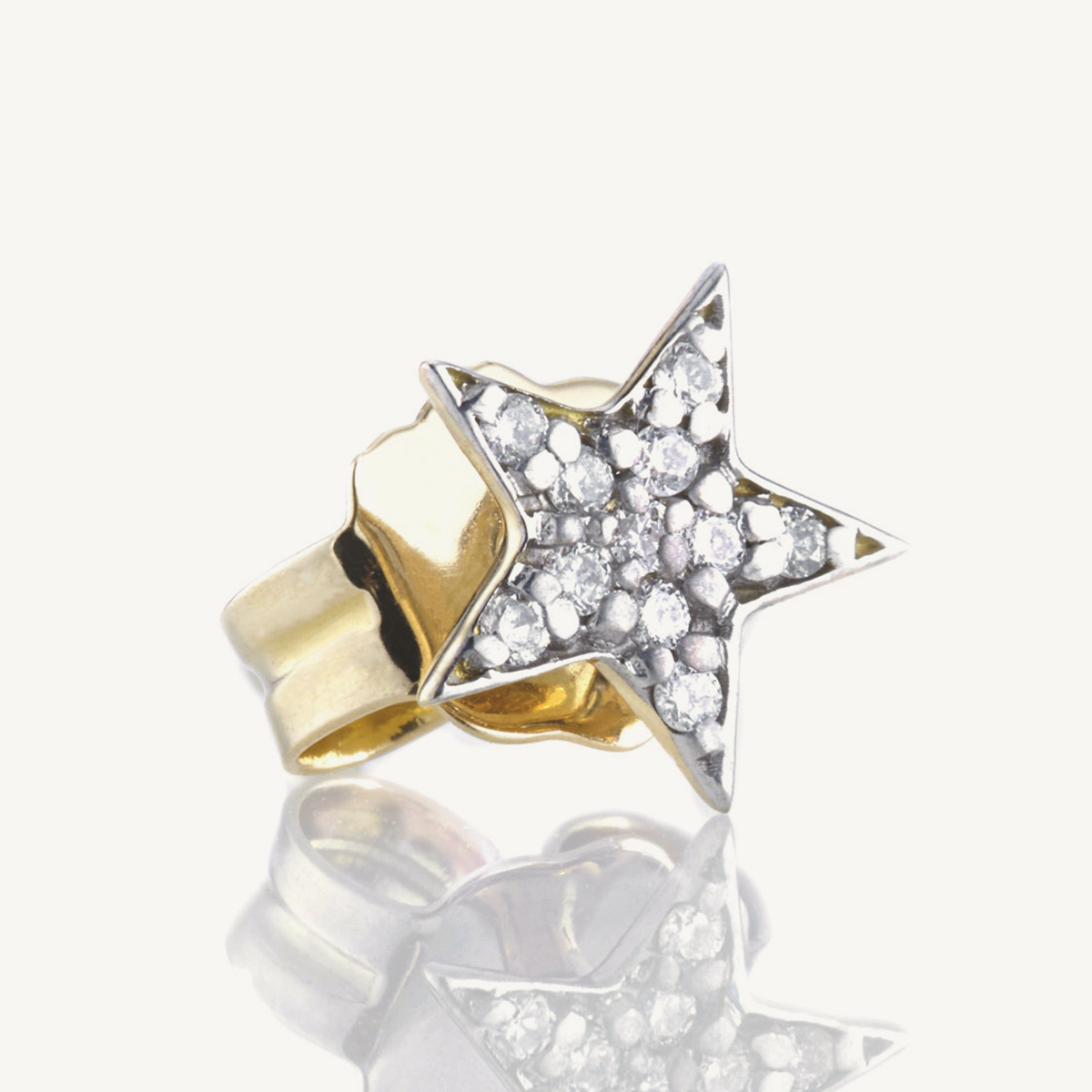Earring Star Stud in yellow gold